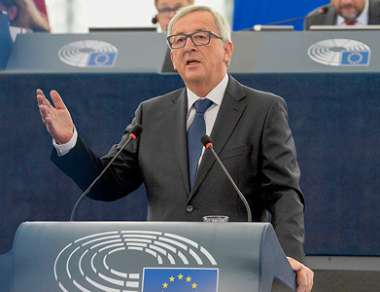 Image: Jean-Claude Juncker, President of the European Commission, gives his State of the Union address for 2015 in the European Parliament, Strasbourg, 9 September 2015. © European Union