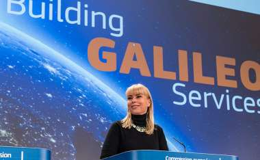 Image: Commissioner Elżbieta Bieńkowska addresses the press following the successful launch of two Galileo satellites, Brussels, 31 March 2015. © European Union