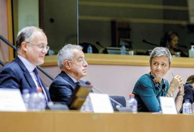 Image: Commissioner Margrethe Vestager (second from right) participates in an exchange of views with Roberto Gualtieri, Chair of the European Parliament Economic and Monetary Affairs Committee (left), and Alain Lamassoure, Chair of Parliament's Special Committee on Tax Rulings and Other Measures Similar in Nature or Effect (second from left), Brussels, 17 September 2015.  © European Union
