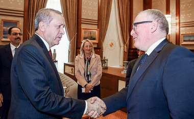 Image: Recep Tayyip Erdoğan, President of Turkey, and Commission First Vice-President Frans Timmermans discuss the migration crisis, Ankara, Turkey, 15 October 2015. © European Union